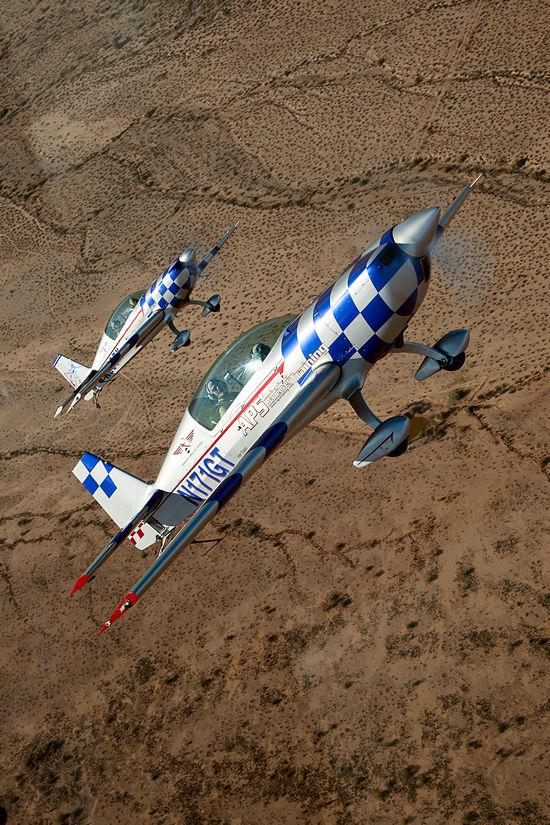 Planes: Fighter Combat AZ - Extra 300L Aerobatics and