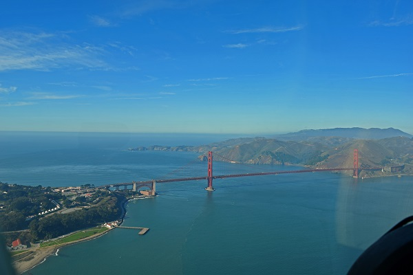 See San Franscico: Private sightseeing flights and day cruises