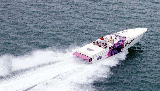 High-Performance Cigarette Boat & Jet Boat Racing & Training